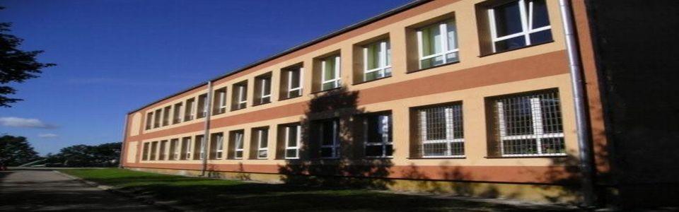 Szkoła Podstawowa w Grabowie